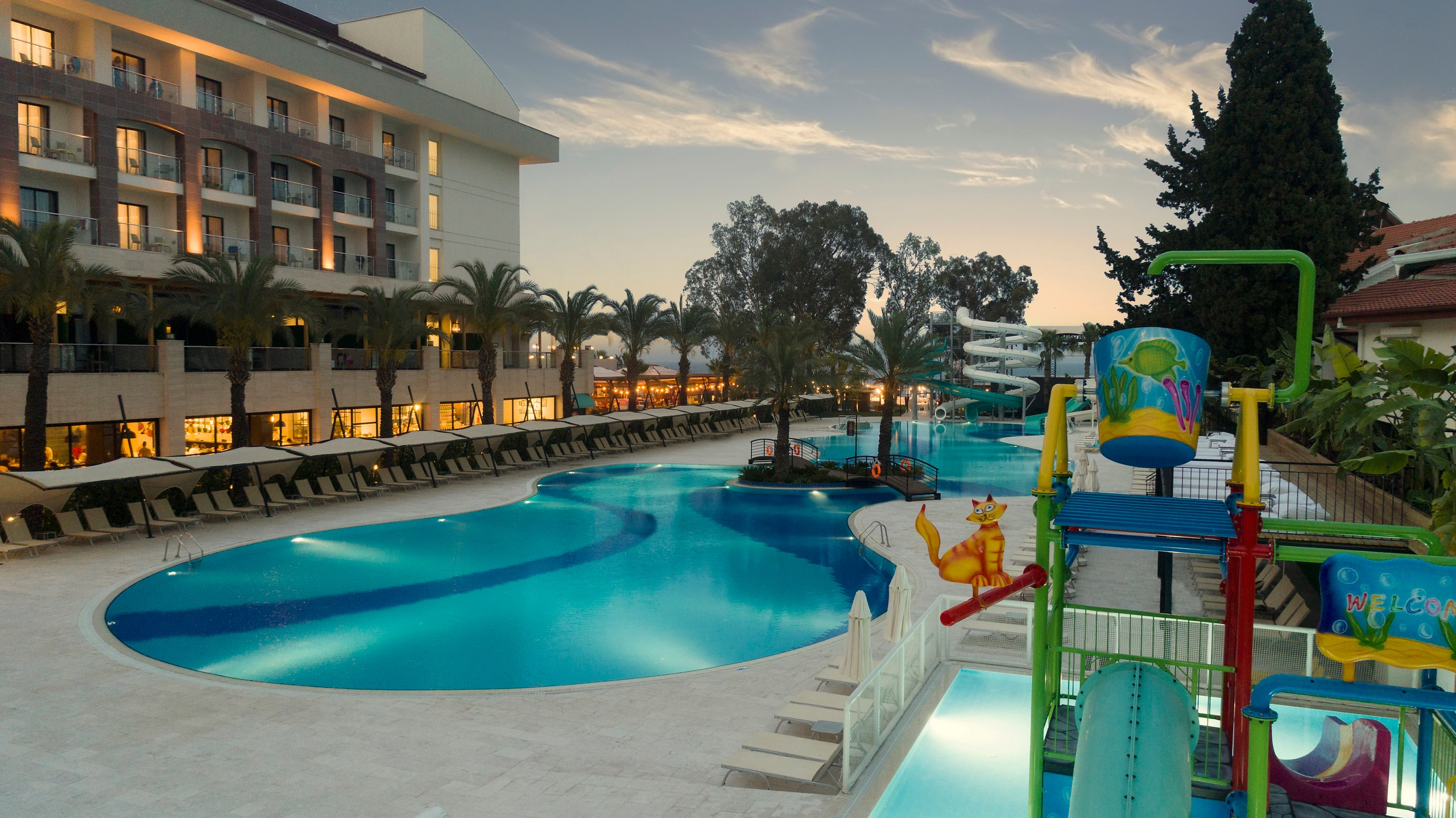 Double Tree by Hilton Kusadasi Transfer